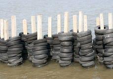 橡胶轮胎墙壁 库存图片