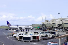 檀香山,夏威夷,美国- 2016年5月31日:在檀香山国际机场的团结的航空公司航空器 免版税库存照片