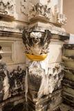 欢乐地装饰的印度寺庙Pura Ped,在努沙Penida巴厘岛, Indon 免版税库存图片
