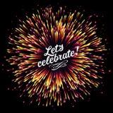 欢乐新年` s致敬 烟花闪光在黑暗的背景的 欢乐光明亮的爆炸  祝贺 皇族释放例证