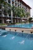 欢乐旅馆圣淘沙游泳池  免版税库存照片