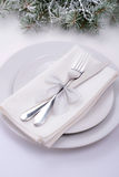 欢乐桌为圣诞节庆祝银样式设置了 库存照片