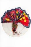 欢乐桌布局的美妙地被削减的餐巾 图库摄影