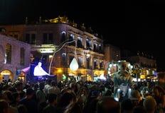 欢乐的人群在老城耶路撒冷 免版税库存图片