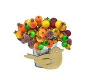 欢乐的装饰 鸟和冷冻莓果 查出 免版税库存图片