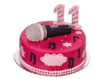 欢乐蛋糕话筒,生日女孩的 库存图片