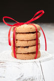 欢乐被包裹的巧克力自创曲奇饼 库存图片