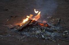 欢迎到国家营火, Wilpena磅手段, SA,澳大利亚 免版税库存图片
