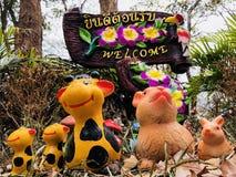 欢迎到瀑布在泰国 库存图片