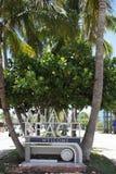 欢迎到迈阿密海滩标志 库存图片