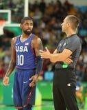 欧文队美国Kyrie在行动的在小组A在里约的队美国和澳大利亚之间的篮球比赛期间2016年 免版税库存照片