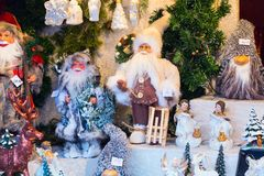 欧洲圣诞节市场摊位 免版税库存图片