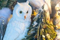 欧洲圣诞节猫头鹰装饰 免版税库存图片