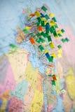 欧洲地图别针旅行 免版税库存图片