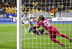 欧洲联赛冠军杯比赛发电机Kyiv与PSG 库存照片