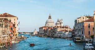 欧洲 威尼斯 意大利 大教堂的看法和在4K的大运河timelapse 股票录像
