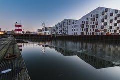 欧登塞室外港口游泳池,丹麦 免版税库存照片