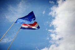 欧盟和克罗地亚人旗子 库存照片