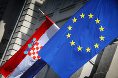 欧盟&克罗地亚人旗子 免版税库存图片
