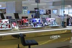 欧莱雅化妆用品抵抗 免版税库存图片