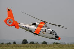 欧洲直升机公司(法国航太公司) AS-365杜法因呢 图库摄影