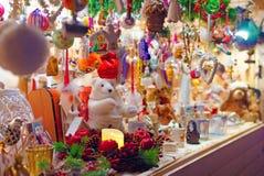 欧洲圣诞节市场摊位 免版税库存照片