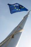 欧洲在蓝天的联盟标志 免版税图库摄影
