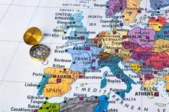 欧洲地图和指南针 图库摄影
