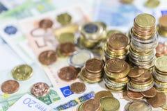 欧洲货币(钞票和硬币) 库存图片