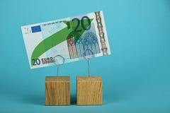 欧洲成长被说明在蓝色 免版税库存图片