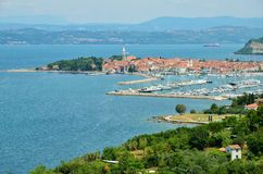 欧洲斯洛文尼亚Isola市美好的全景 免版税库存照片