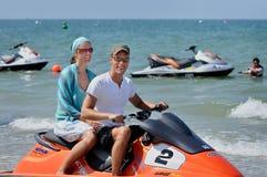 欧洲白种人夫妇参观旅游热点海滩登嘉楼 图库摄影