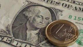 欧洲硬币和美元钞票背景 背景概念饮食金黄蛋的财务 股票录像