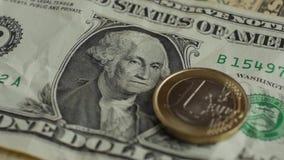 欧洲硬币和美元钞票背景 背景概念饮食金黄蛋的财务 影视素材