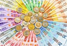 欧洲硬币和钞票特写镜头  免版税库存照片
