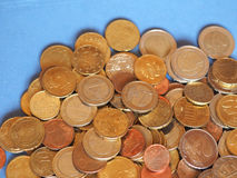 欧洲硬币,在蓝色的欧盟与拷贝空间 免版税图库摄影
