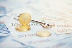 欧洲金钱:钞票和硬币特写镜头  库存照片