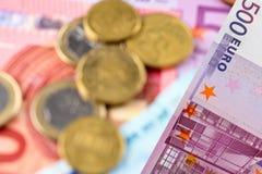 欧洲钞票,硬币 免版税库存图片