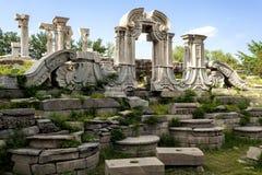 欧洲风格的庭院的废墟 图库摄影
