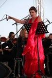 歌剧歌手达尼埃拉schillaci (斯卡拉大剧院,意大利)女高音,在露天舞台 库存图片