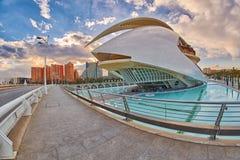歌剧院在艺术&科学城市复杂在巴伦西亚 免版税库存图片