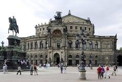 歌剧院Semperoper在德累斯顿 免版税库存图片