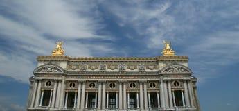 歌剧Garnier在巴黎(自白天) 免版税库存图片