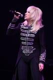 歌手伊琳娜Allegrova在阶段执行在维克托Drobysh第50个年生日音乐会期间在巴克来中心 免版税库存照片