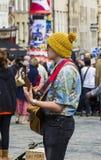 歌手和音乐家边缘节日的,爱丁堡,苏格兰 库存照片