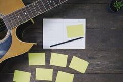 歌曲作曲家书桌工作歌曲作者的 免版税库存图片