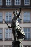 正义夫人雕象 免版税库存图片