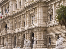 正义宫殿在罗马意大利 免版税库存照片