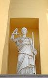 正义Themis的女神的雕塑 免版税库存照片