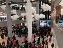 正式地被开放的购物中心Nebo在下诺夫哥罗德 免版税图库摄影